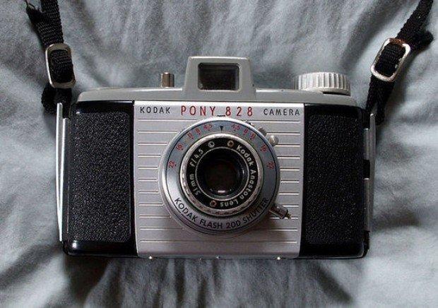 vintage retro kodak pony 828 camera