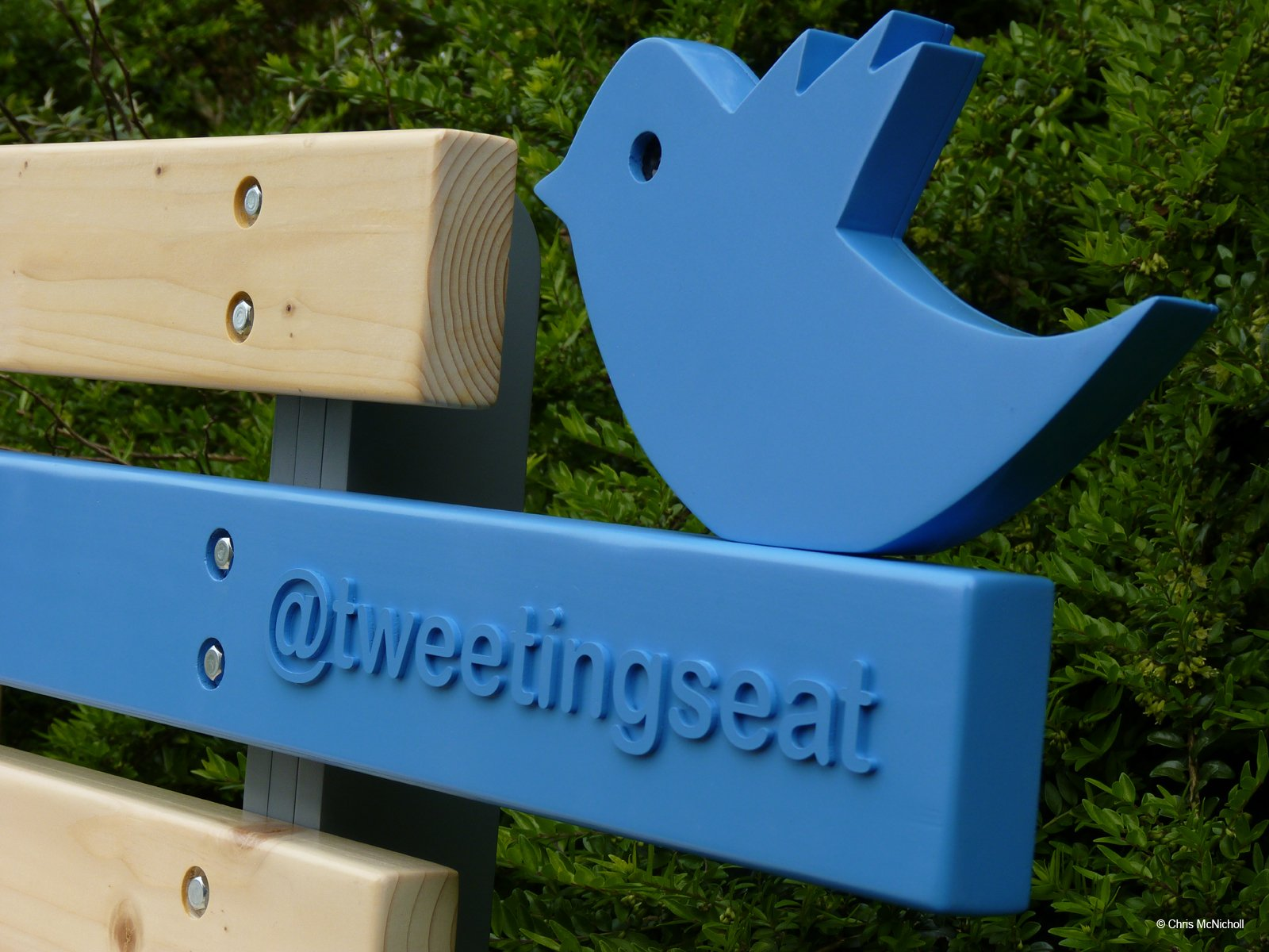 TweetingSeat: Connecting the Digital and the Physical