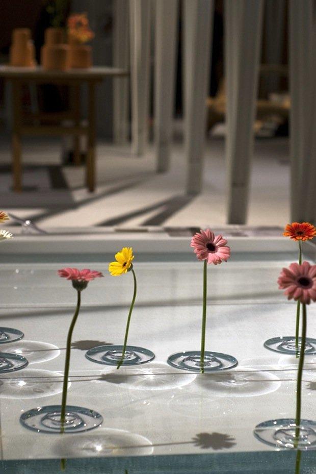 floating vase 1