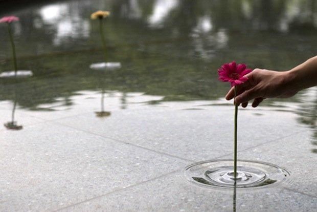 floating vase 3