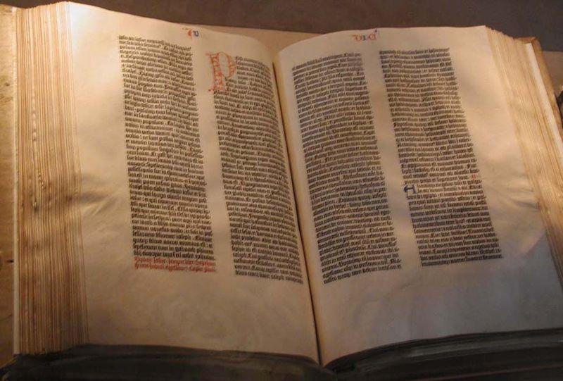 Man Handwrites Entire Bible