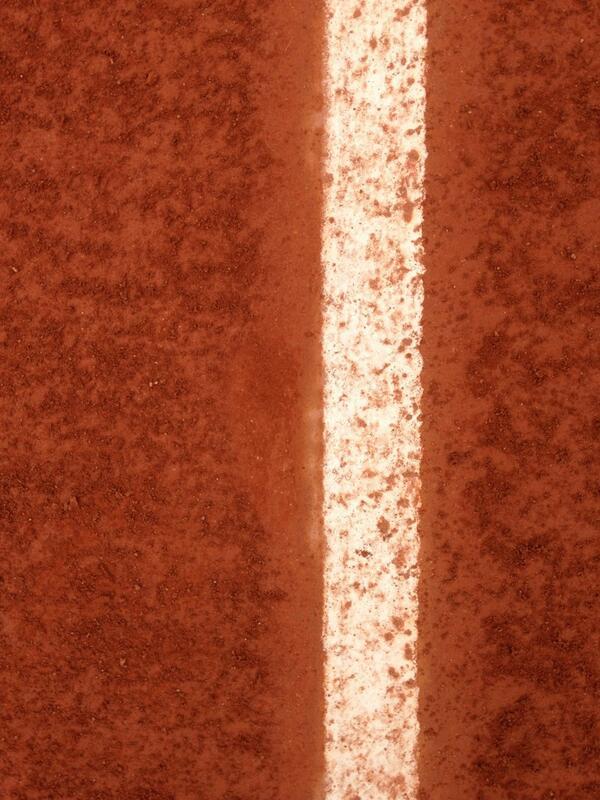 Twitter Tennis: Crowdsourcing Professional Sports?