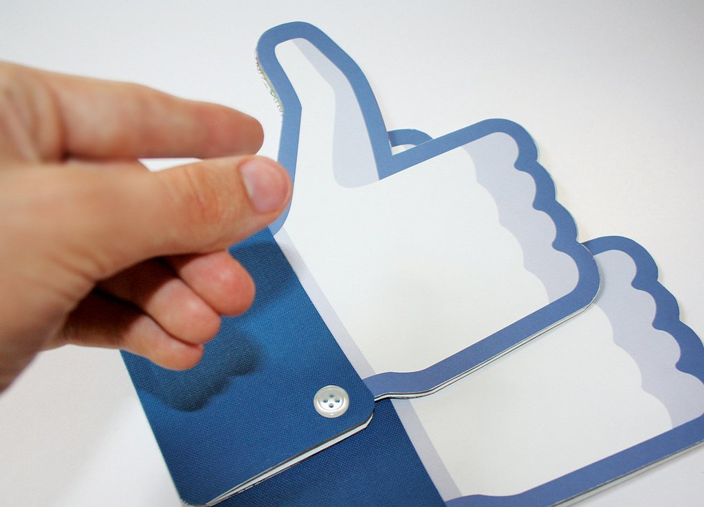 What Facebook's New Page Reach Means for Church Social Media