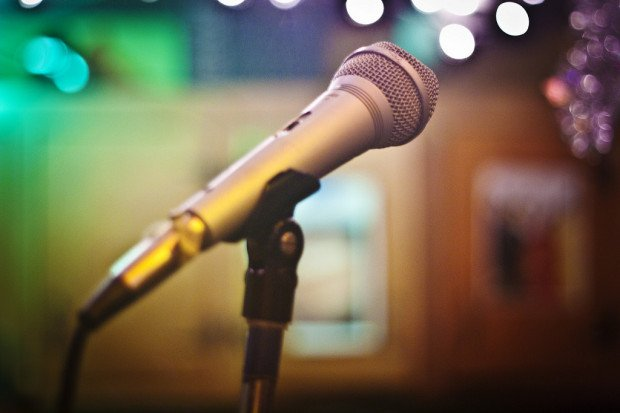 mic on mic stand