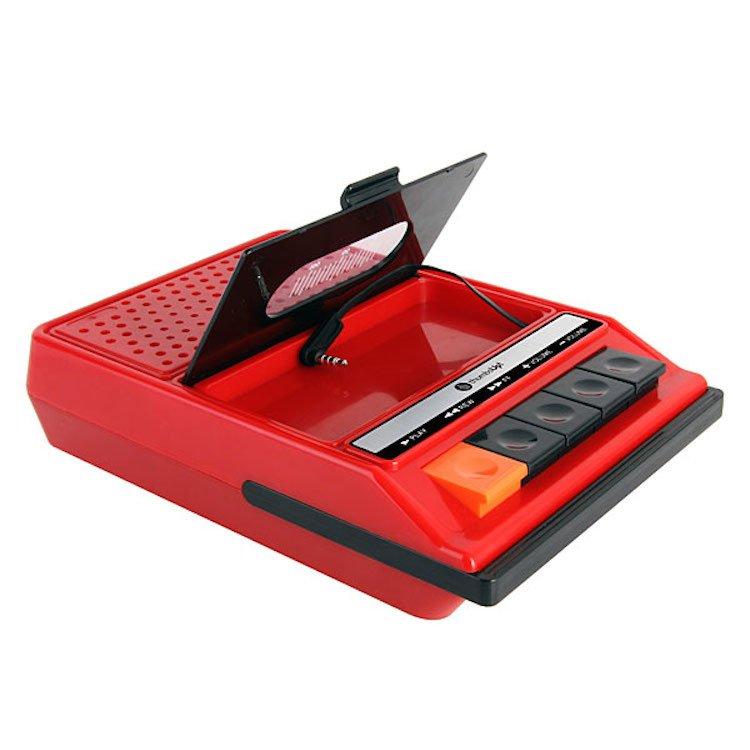iRecorder — iPhone Retro Portable Cassette Player Speaker