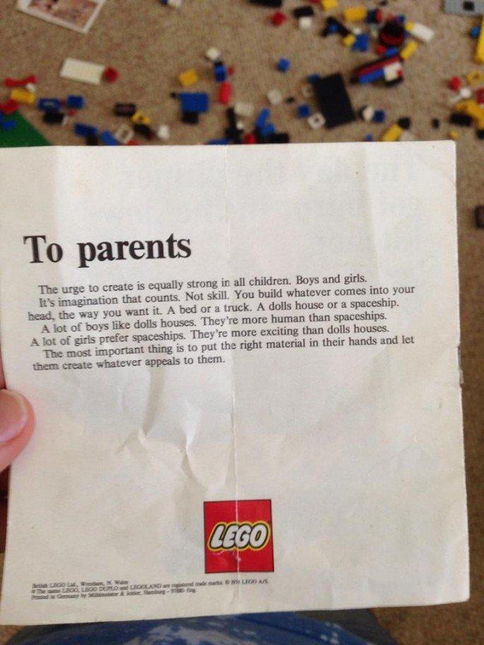 Lego-English-Clip
