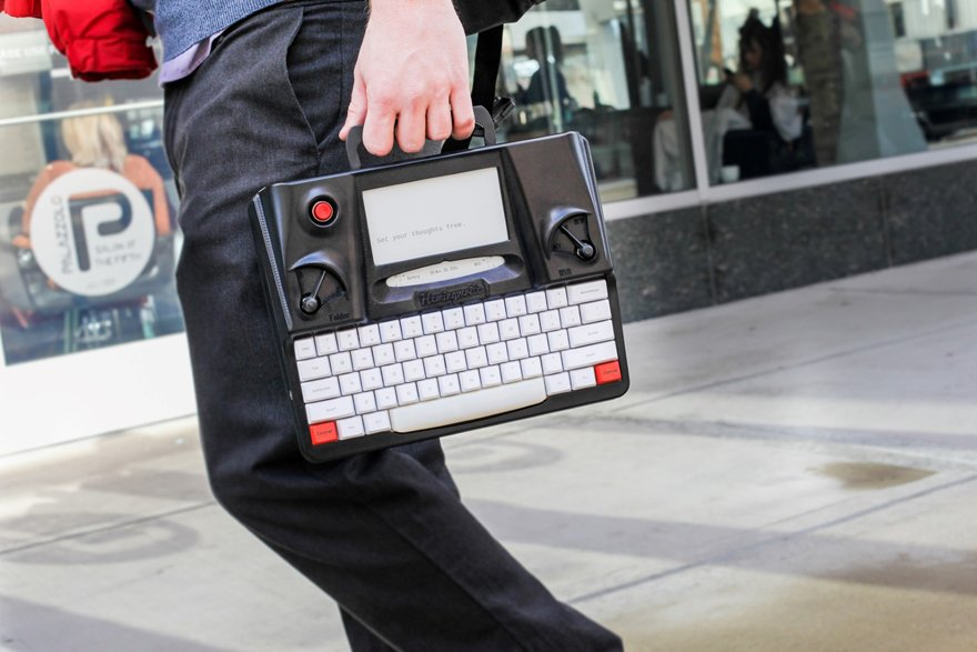 Hemingwrite: A Distraction Free Writing Device
