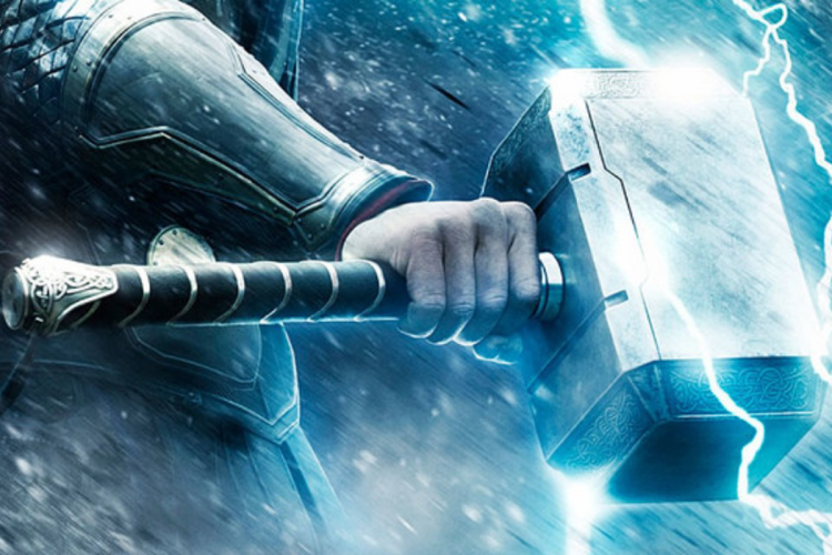 Real Life Thor's Hammer Prank [Video]