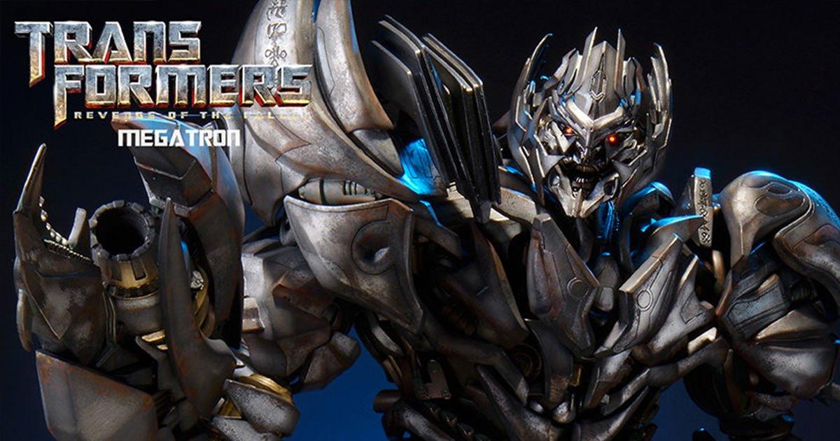 Kid Gives Megatron Optimus Prime's Head [Video]